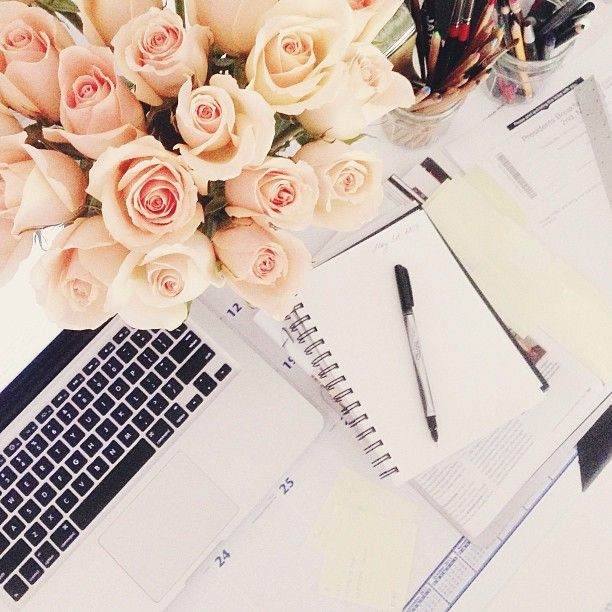 workspace-flowers-roses